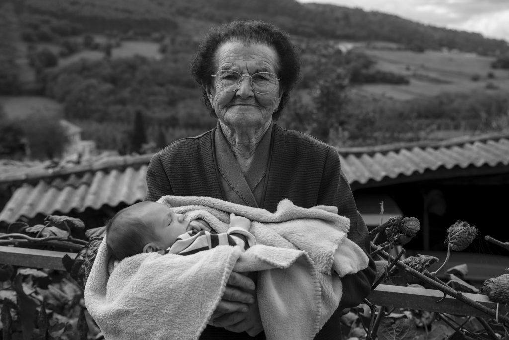 bisabuela y bisnieto